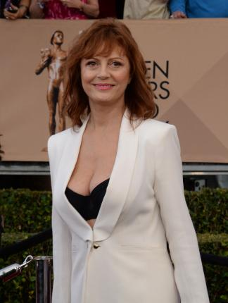 Susan-Sarandon-responds-to-Piers-Morgan-criticizing-cleavage