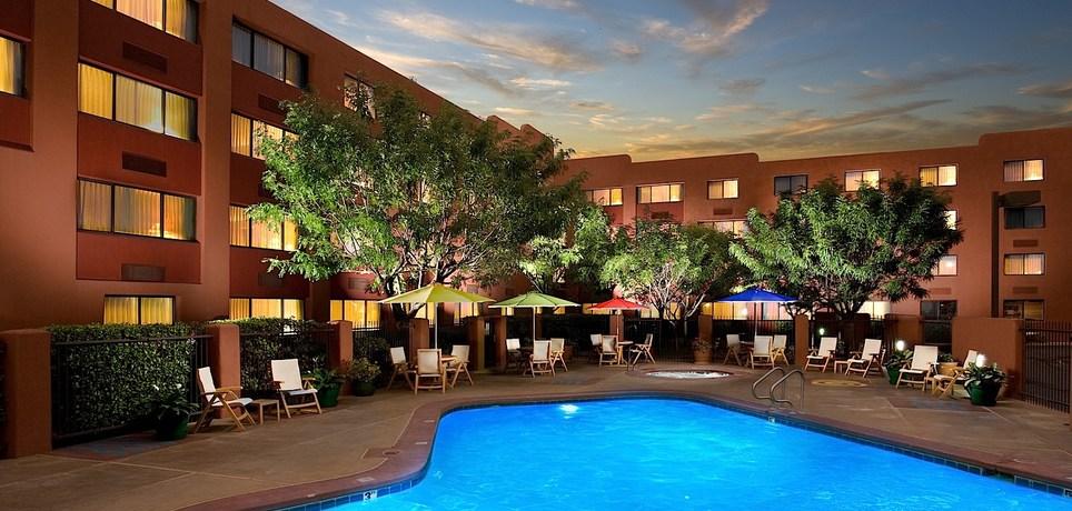 Swimming_Pool-_Evening