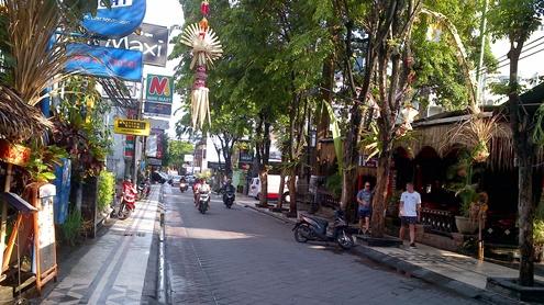 legian-street