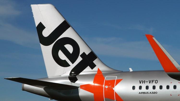 AIRBUS-A320-JETSTAR-HBA-AUG13-RF-IMG_9971